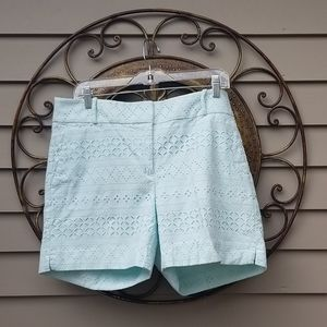 Anne Taylor Riviera Shorts - Lace & Light Green